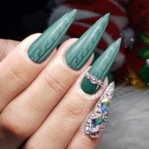 3D Forest Green Sweater Nails with a blinged out pinky